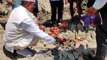 जग पूजा गर्नुहुदै अध्यक्ष श्री राम कृष्ण थापा ज्यू